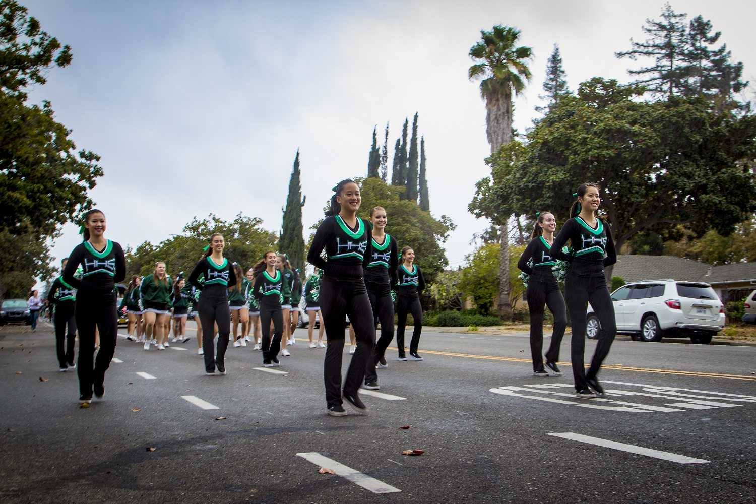 The+Equestriettes+march+in+front+of+the+classes+during+the+Homecoming+parade