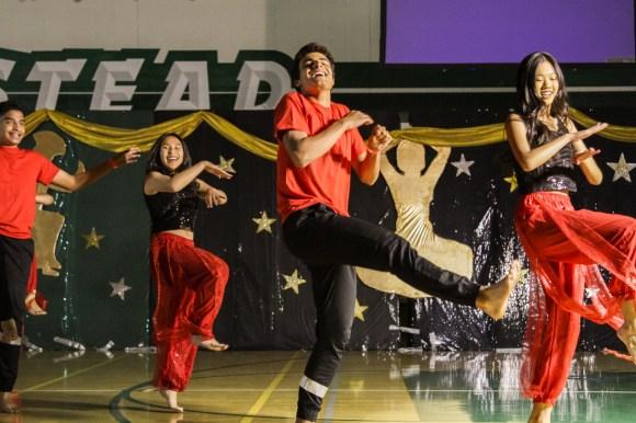 Indopak club prepares for dance showcase