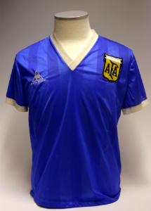 hi-mundim-Maradona86