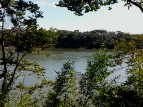 Vista do rio Grande, em Fronteira