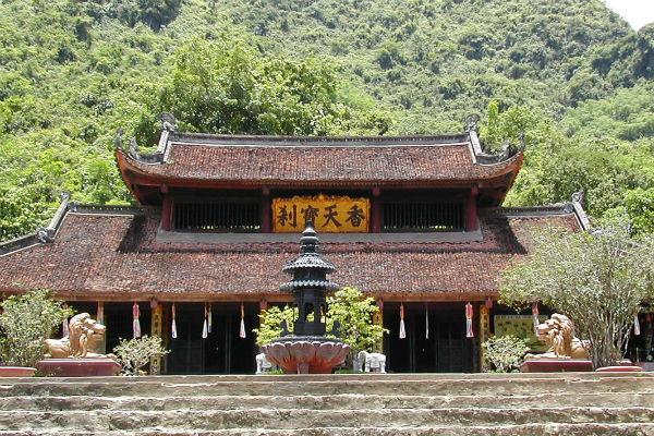 Perfume Pagoda, templo em Hanói