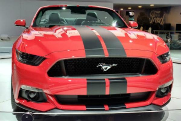 hi-mundim-Ford_Mustang