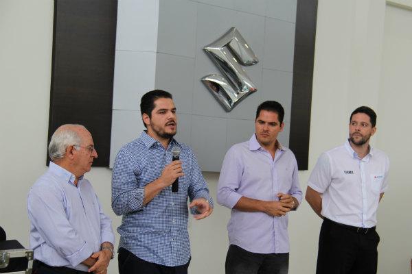 José Carlos de Mattias, os filhos Wilson e Dreison de Mattias e Flaweber Perez