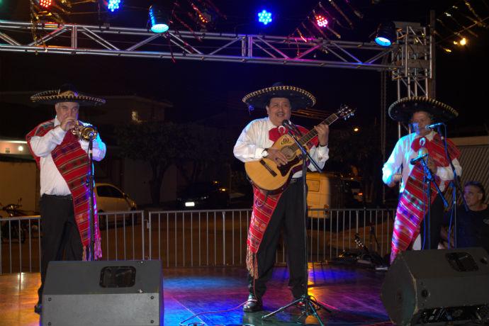 Festa celebra cultura hispânica em Rio Preto