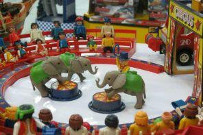 Exposição traz universo Playmobil para Rio Preto