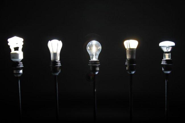la-fi-mo-incandescent-lightbulb-ban-20140101-001