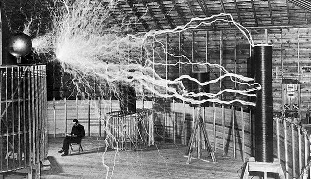 1 tesla wireless electricity transmission