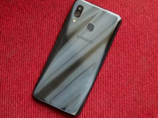 Photo of أفضل هواتف سامسونج الرخيصة بمواصفات رائعة 2020 Samsung