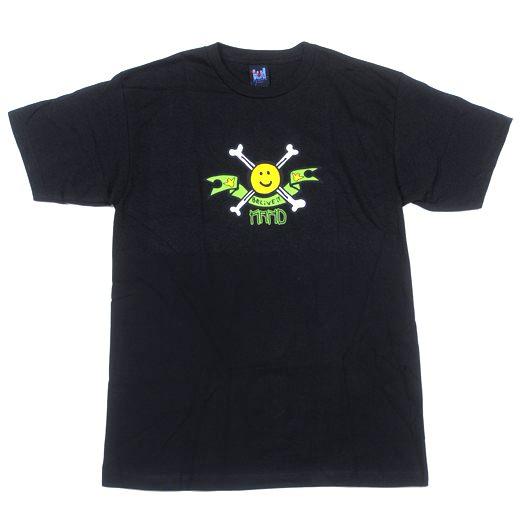 KROOKED Skateboards Happy Bones T-Shirt 01
