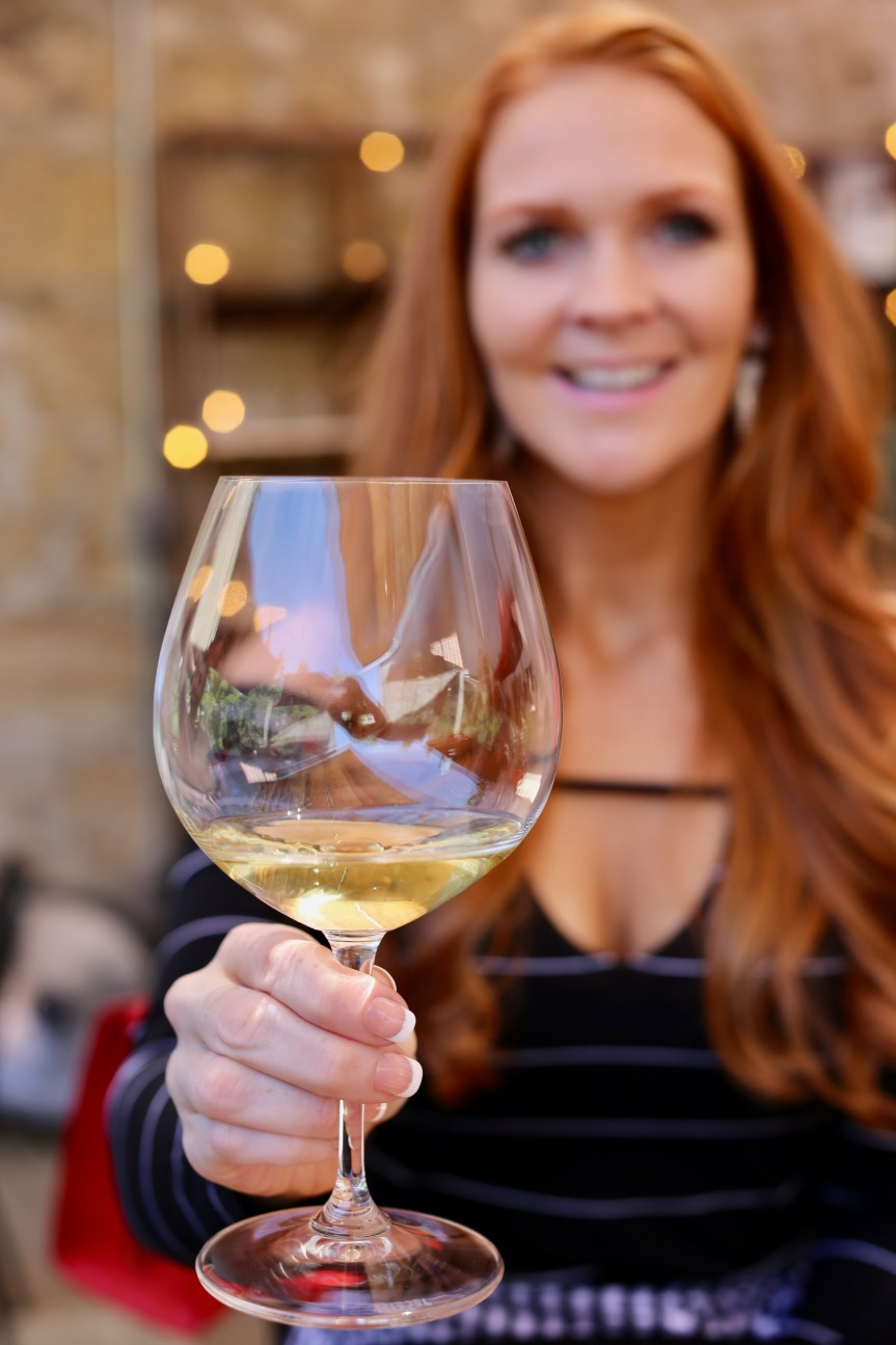 The perfect wine tasting outfit at Testarossa Winery
