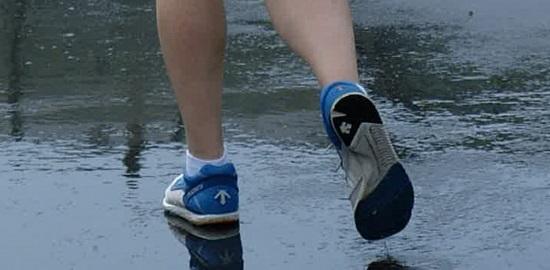 那覇マラソン雨