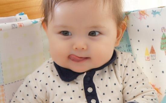 赤ちゃんの月見団子