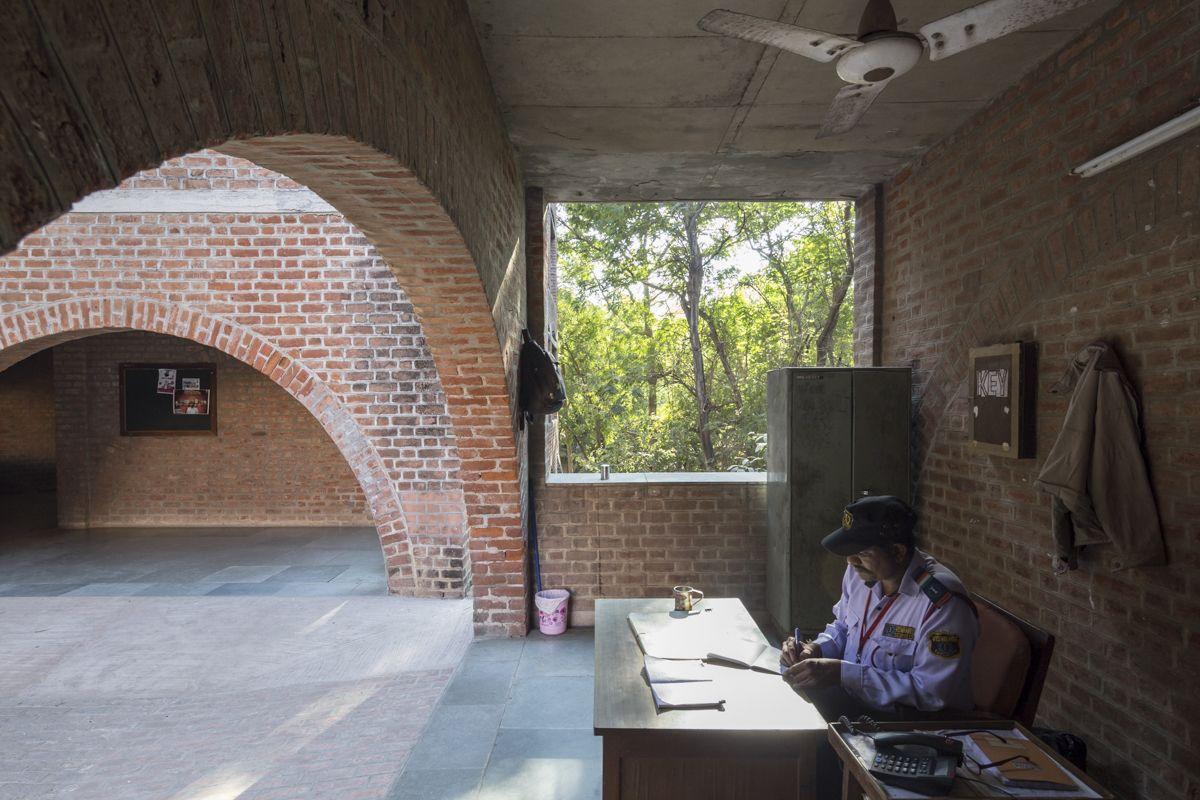 Louis Kahn Gt Indian Institute Of Management HIC Arquitectura