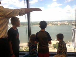 Dad explaining the bridge to the kids