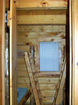 Photo-Cabin_7_Bunk-Beds