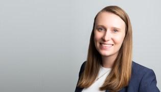 Stephanie McLoughlin headshot