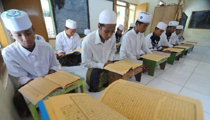 Dirjen Pendidikan Islam: Critical Thinking di Pesantren Sudah Bergeser