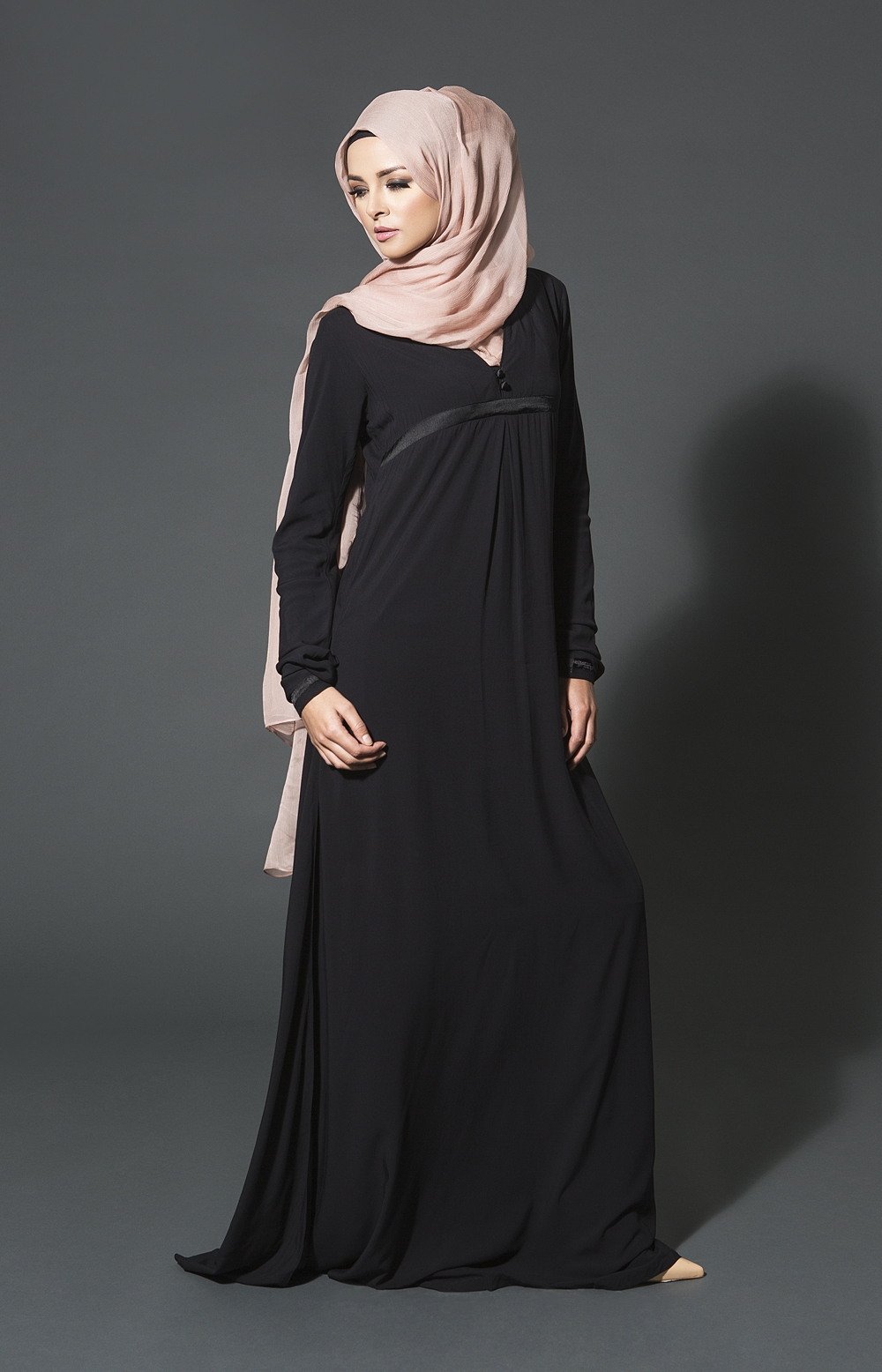 Meaning, pronunciation, picture, example sentences, grammar, usage notes, synonyms and more. What is Hijab? » Hidden Pearls
