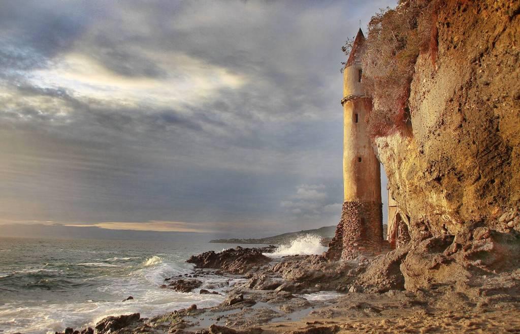 Pirate Tower hidden ca