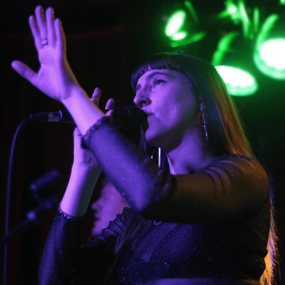 FOURS playing Hidden Herd vs Lost In The Manor at The Finsbury in London on 17.03.16