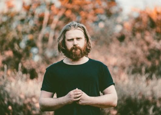 Photo of Tom Figgins featured on Hidden Herd new music blog