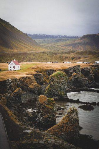 Arnastapi | Snæfellsnes Peninsula tour | Hidden Iceland | Photo by Scott Drummond