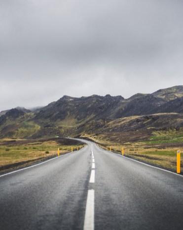Reykjanes Peninsula Drive | Between Continents Reykjanes & Lava Tunnel tour | Hidden Iceland | Photo by Norris Niman