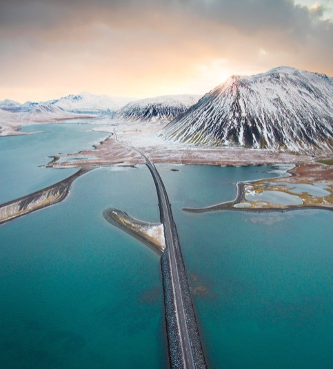 Snæfellsnes peninsula scenic drive | Winter Lights photo workshop with Tom Archer & Wahyu Mahendra | Hidden Iceland | Photo by Tom Archer