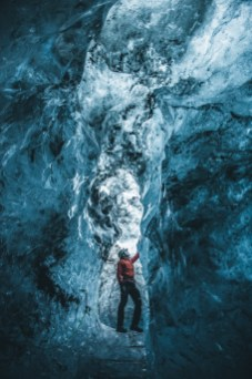 Blue Diamond Ice Cave   Ice Cave Tour   Hidden Iceland   Photo by Eugenia Di Pasquale