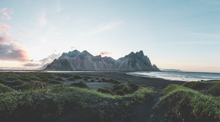 Stokksnes Peninsula | Vestarhorn | Hidden Iceland | Photo by Norris Niman