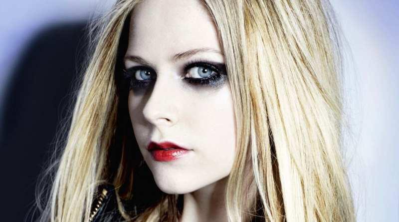Avril Lavigne Surprise