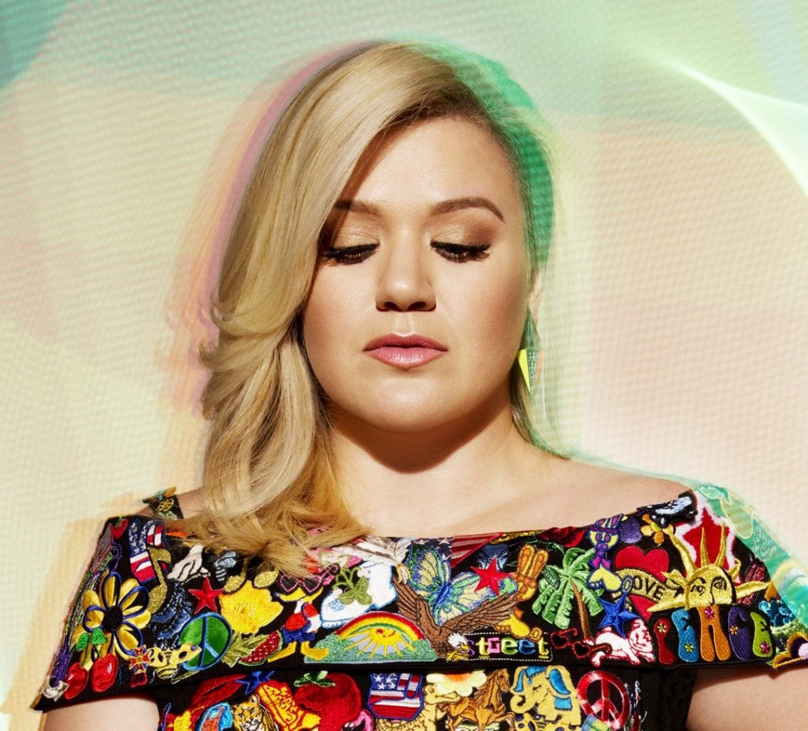 Kelly Clarkson Piece By Piece 2015
