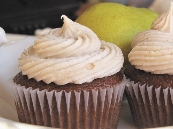 Ginger Pear Cupcakes with Cinnamon Cream Cheese Frosting....um, yes please.
