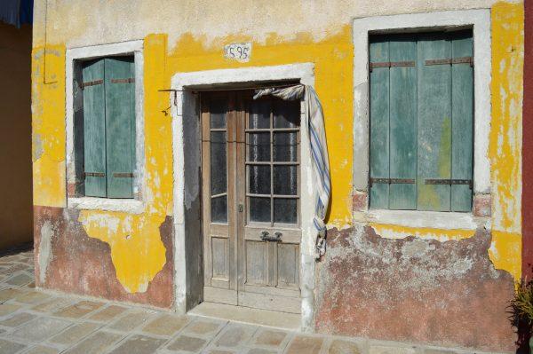Tür auf Burano