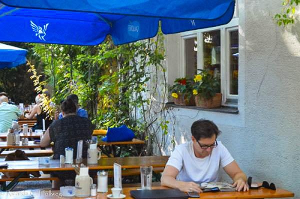 Entspannte Zeiten im Laimer's Biergarten München