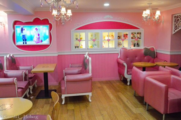 Hello Kitty's Puppenhaus in Seoul
