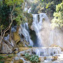 Gesamtblick Tat Kuang Si Wasserfall