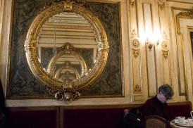 Aufwändiges Decor im Café Florian Venedig