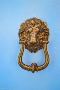 Golden lion doorknob in Valletta