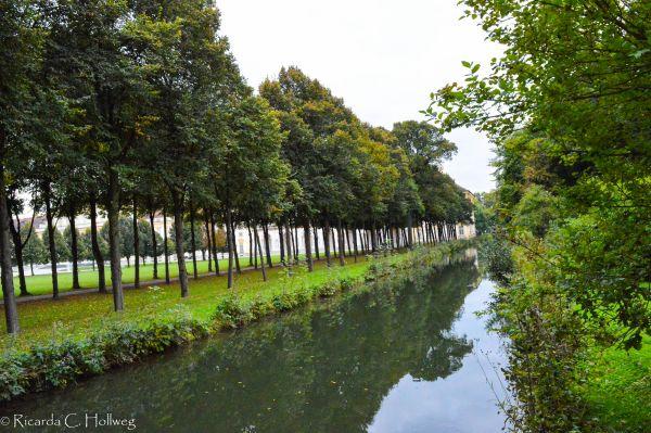 Canal Schleissheim Park