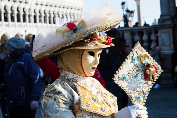 Costume with mirror at Venice Carnival