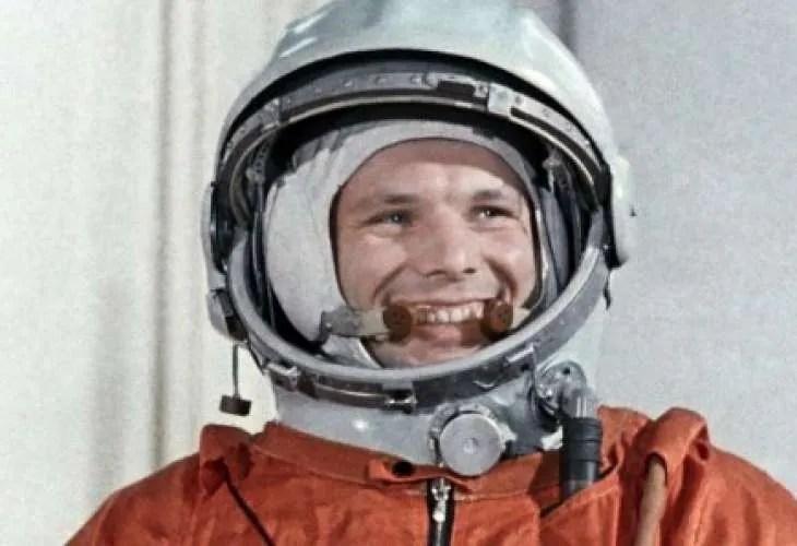 Алексей Леонов назова убиеца на първия космонавт Юрий Гагарин