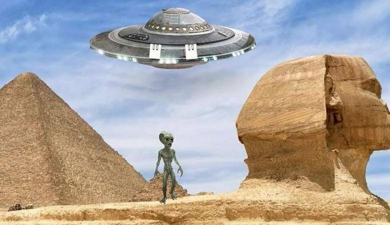 Координатите на пирамидата на Хеопс и стойността на скоростта на светлината имат еднакъв ред на числата