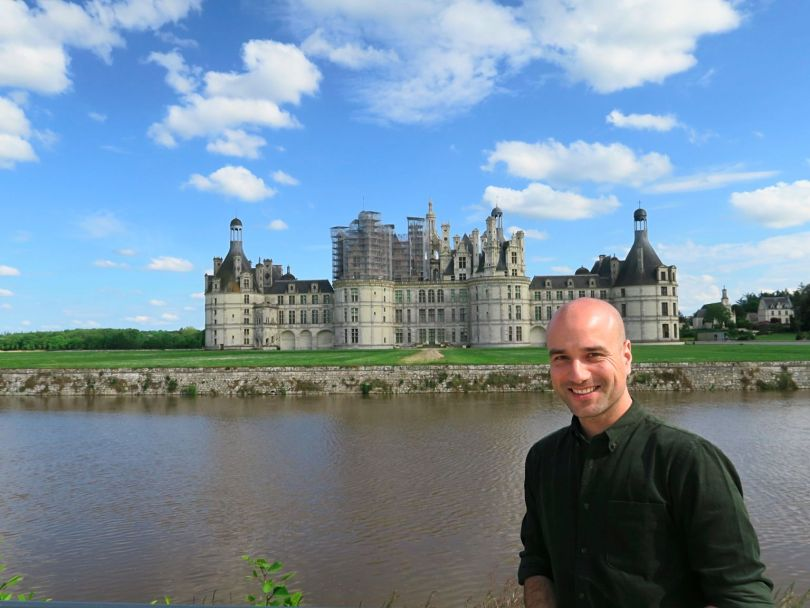 Me in front of the beautiful Château de Chambord!