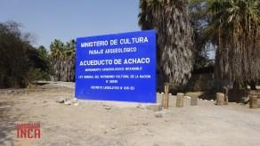 Panel que indica la presencia del acueducto de Achaco