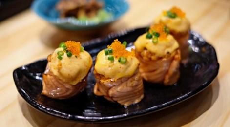 iya ini makanan yang paling gue suka ga cuman sushi sih. Semua makanan gue suka tapi ini yang paling favourite.