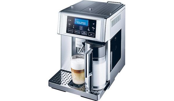 DeLonghi-Kaffee-Vollautomat-ESAM-6700-PrimaDonna-avant-guenstiger