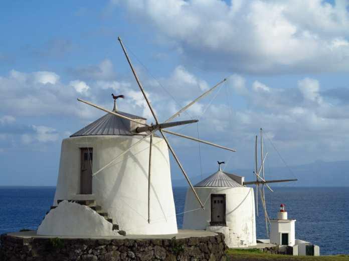Die Windmühlen von Corvo