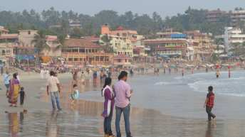 Voller Strand in Kovalam in Kerala