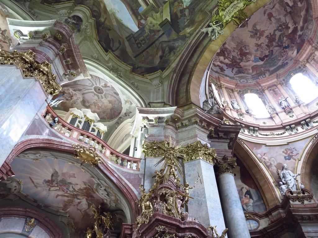 Fresken in der Nikolauskirche auf der Prager Kleinseite